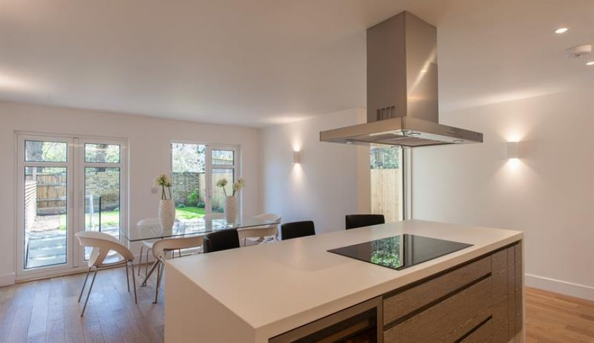 New Semi-Detached Town House - 2b Kitchen